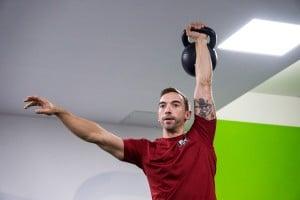 Kettlebell Turkish Get Up: Wie du sicher dein halbes Körpergewicht bewegst