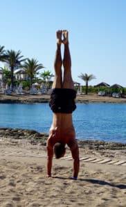 Durch Krafttraining Lebensqualität verbessern Handstand