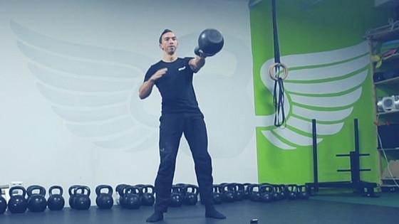 Mehr Kraft, Beweglichkeit und Explosivität trotz anspruchsvollen Berufsalltag