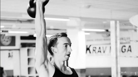 Wie du Schmerzen in Schulter und Hüfte vermeidest und mehr Beweglichkeit aufbaust