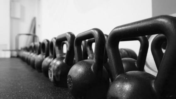 Wie du mit dem Kettlebell Training beginnen solltest (inklusive Trainingsprogramm)