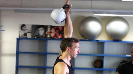 Wie du gezielt deinen Kettlebell Snatch verbesserst